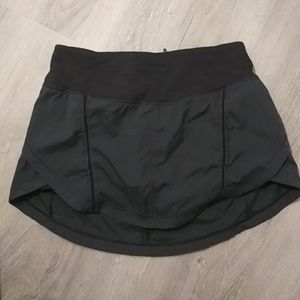 LULULEMON hi lo Quick Pace Skort shorts skirt 4